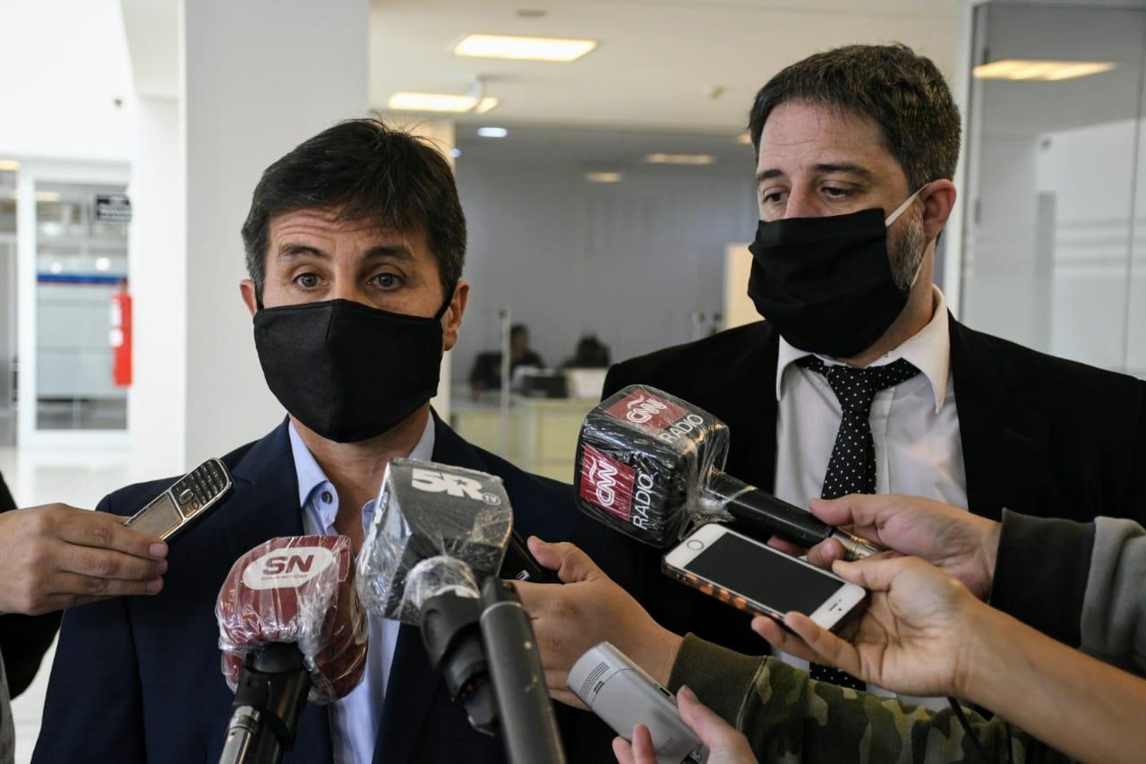 Los fiscales que escucharon el testimonio de Sarnaglia durante casi tres horas.