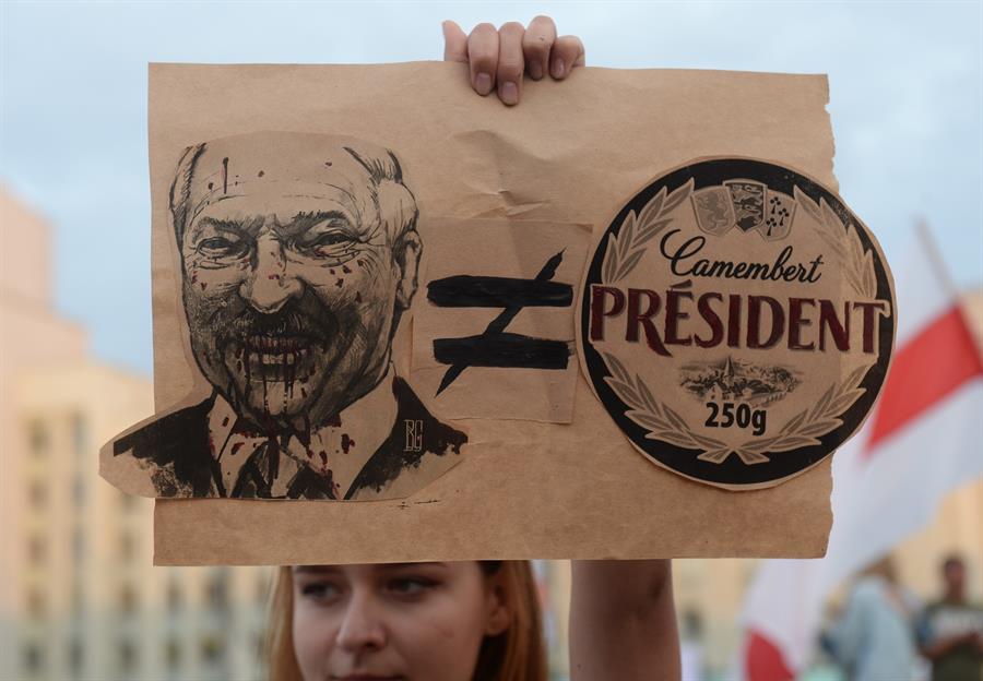 Lukashenko, cuestionado tras las elecciones (EFE)