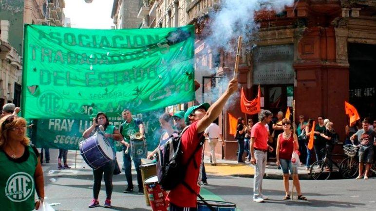 La protesta recorrerá varios sectores de la ciudad.