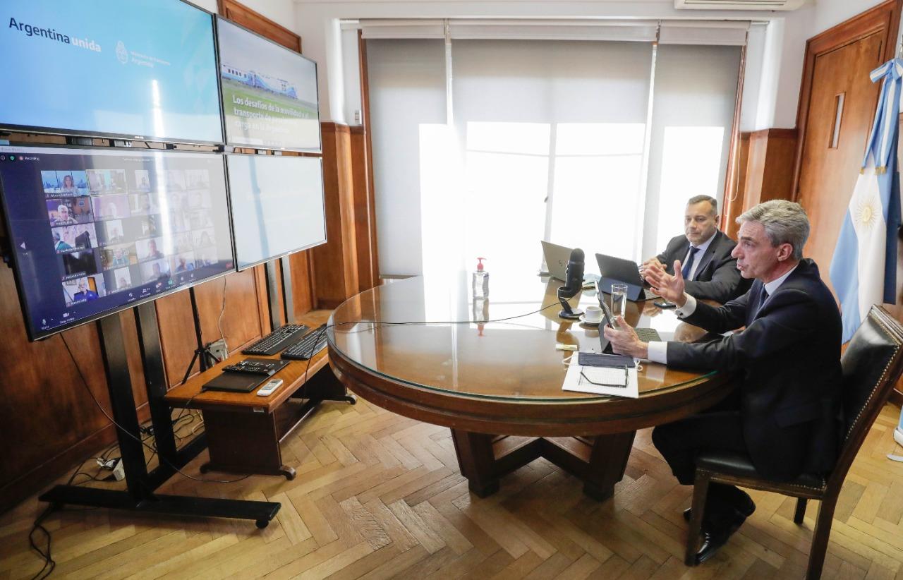 Meoni,participó este lunes del ciclo de videoconferencias organizado por la Fundación Mediterránea.