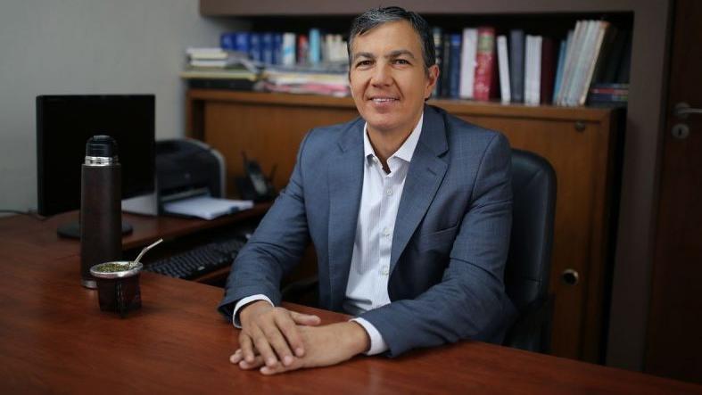 Juan Pusineri, el funcionario que presentó la iniciativa.