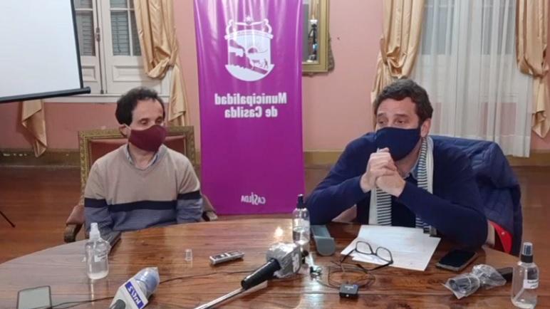 Aquili y Golosetti en conferencia de prensa.