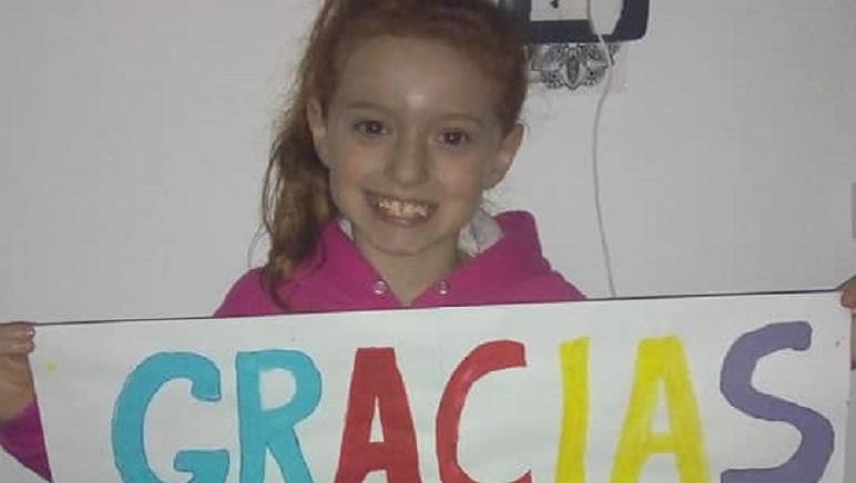 La pequeña Luana agradeciendo el apoyo recibido estos años.