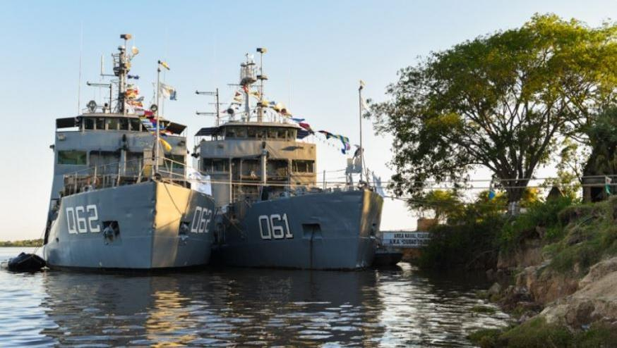 Los dos buques multipropósitoenviadospor el Ministerio de Defensa de Nación.