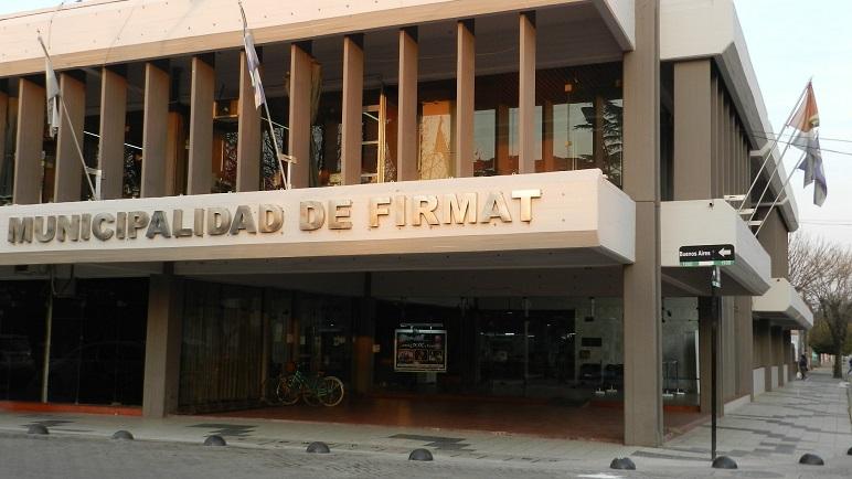 La Municipalidad de Firmat.