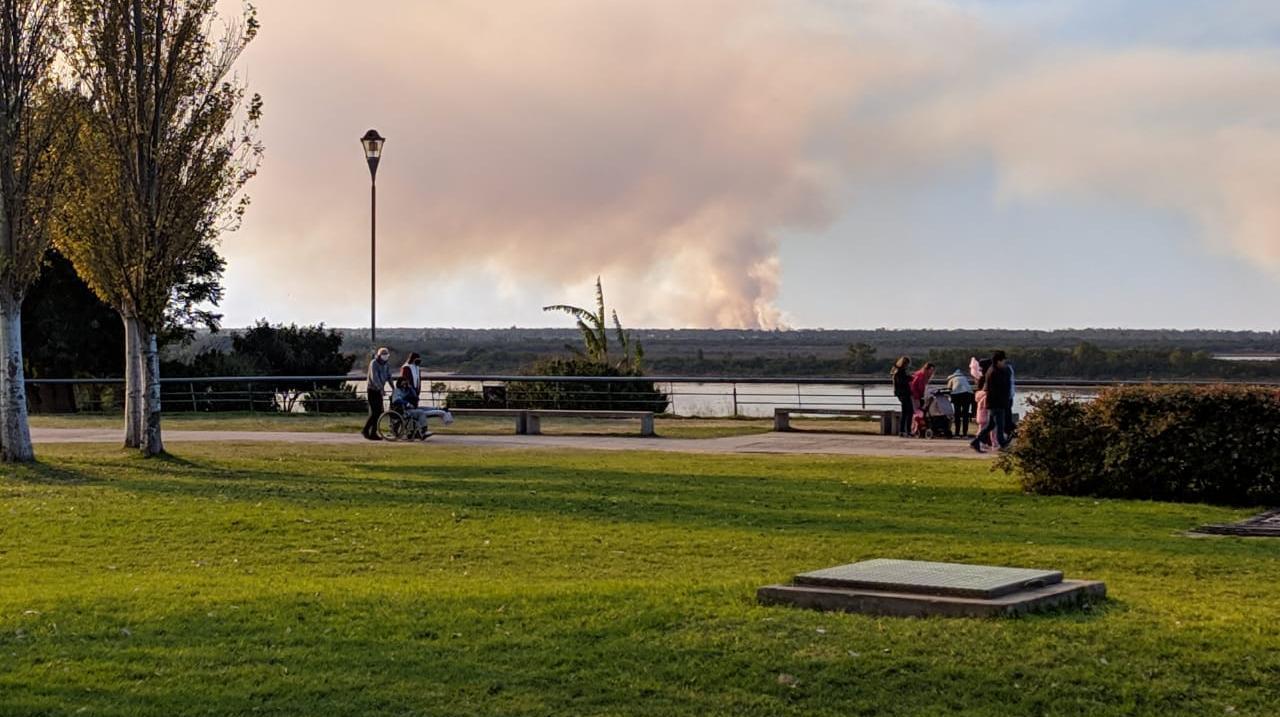 Las islas arden y la sociedad está preocupada.