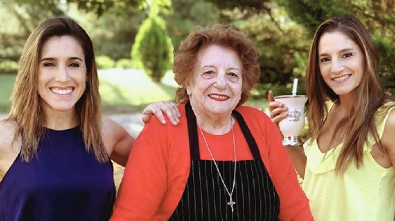 Soledad y Natalia junto a la Nonna Valeria.
