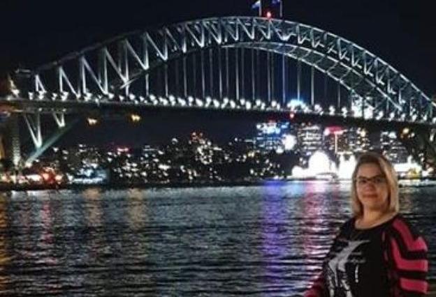 Regresó a la ciudad la casildense que estuvo tres meses varada en Australia.