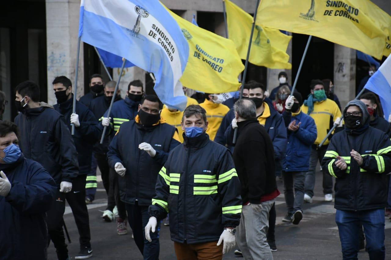 Movilización por un aumento salarial (Rosarioplus)