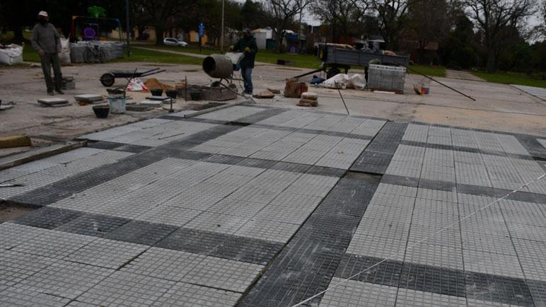 Por enésima vez, se retomaron las obras en Plaza Colón.