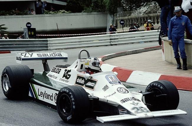 El Williams con motor Cosworth que aceleraba el Lole, como segundo del australiano Alan Jones.