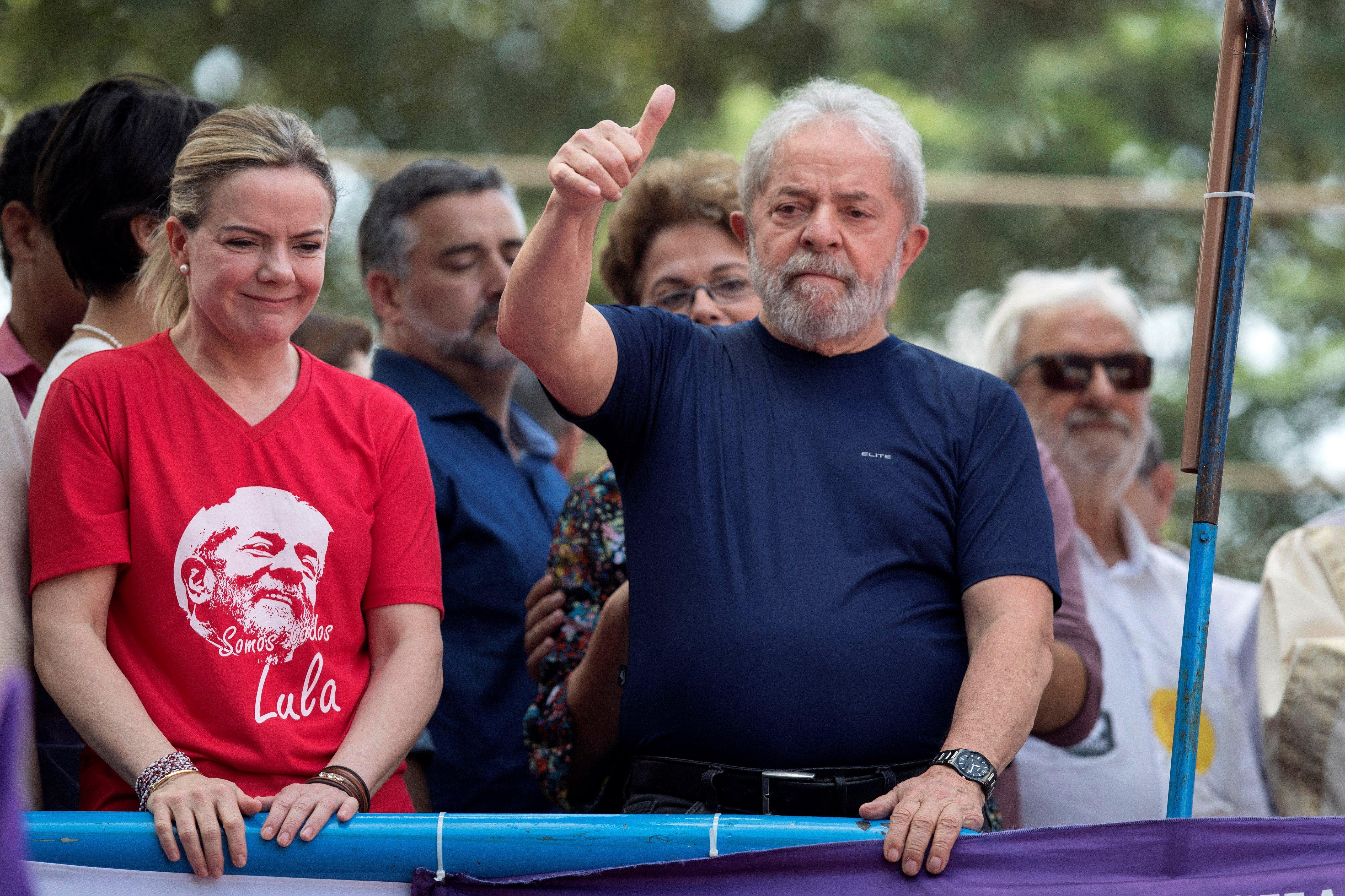 El ex presidente, en un mano a mano con Rosario.