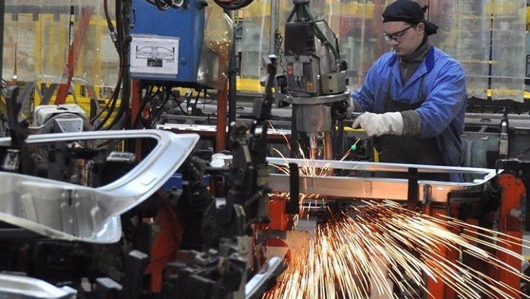 Santa Fe acható la curva y reactiva su economía con la industria.