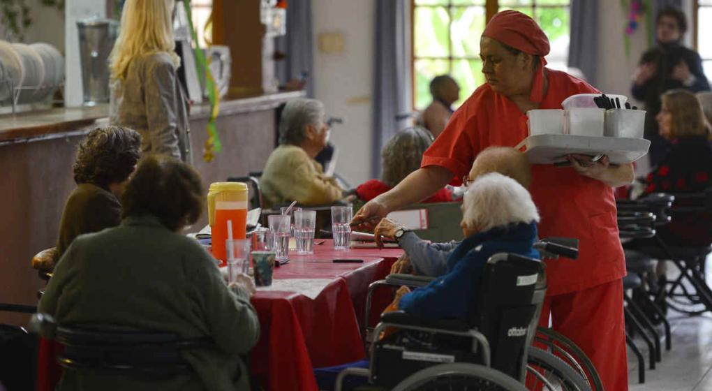 Los geriátricos albergan el grupo de mayor riesgo