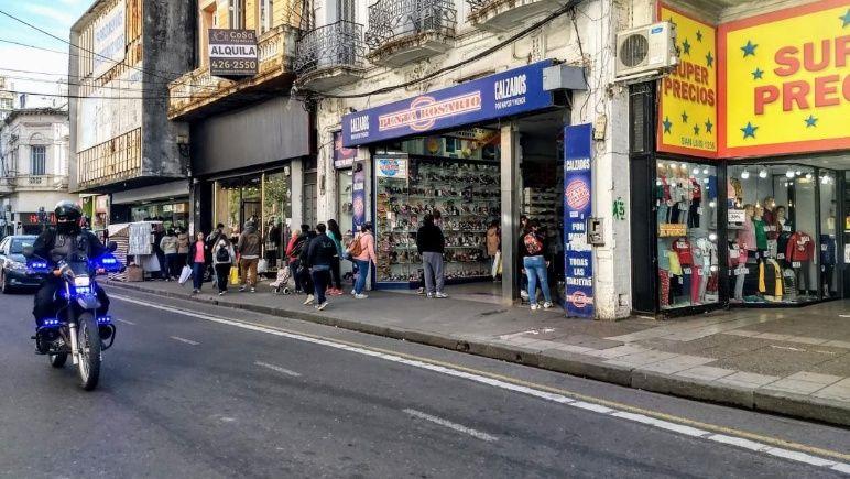 Los comerciantes de calle San Luis son uno de los rubros más afectados