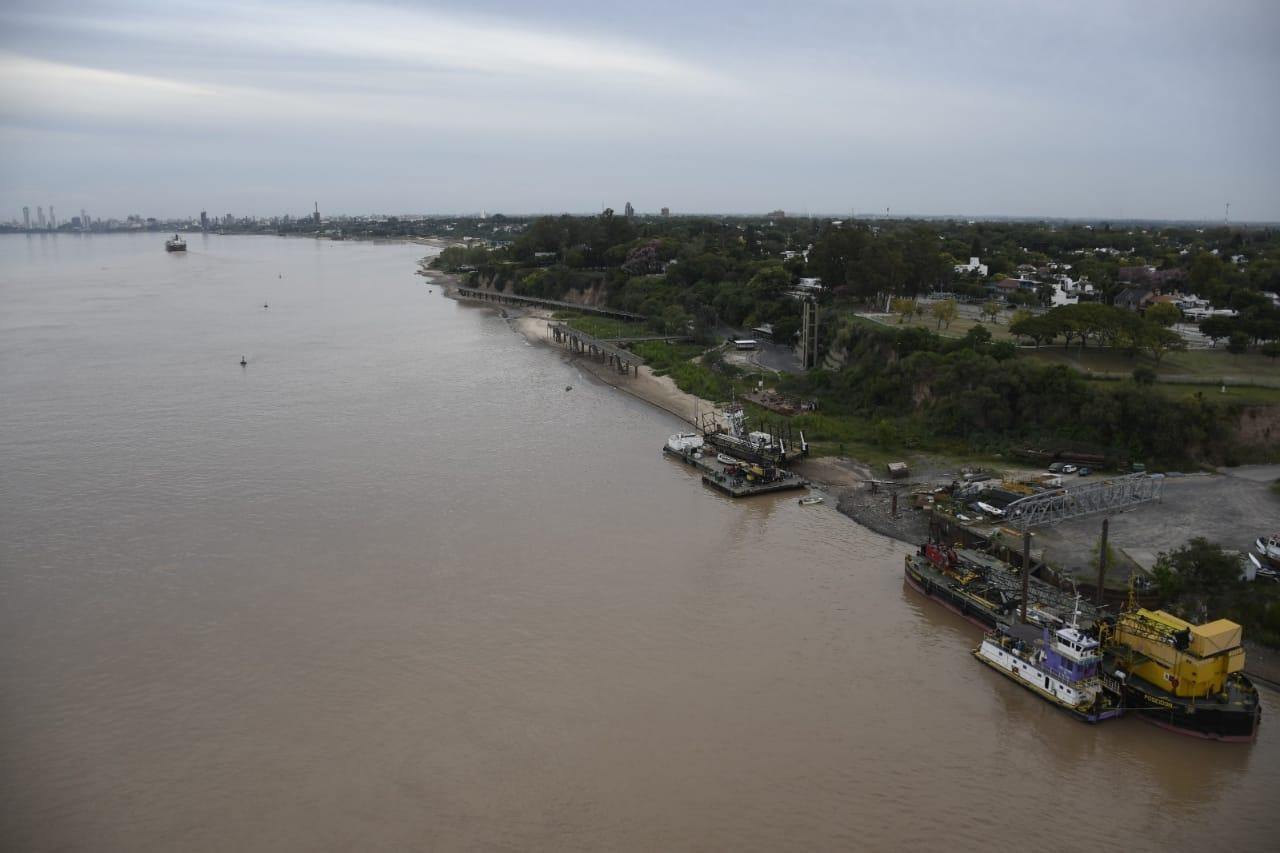 El bajo nivel del río marca récords históricos (Rosarioplus)