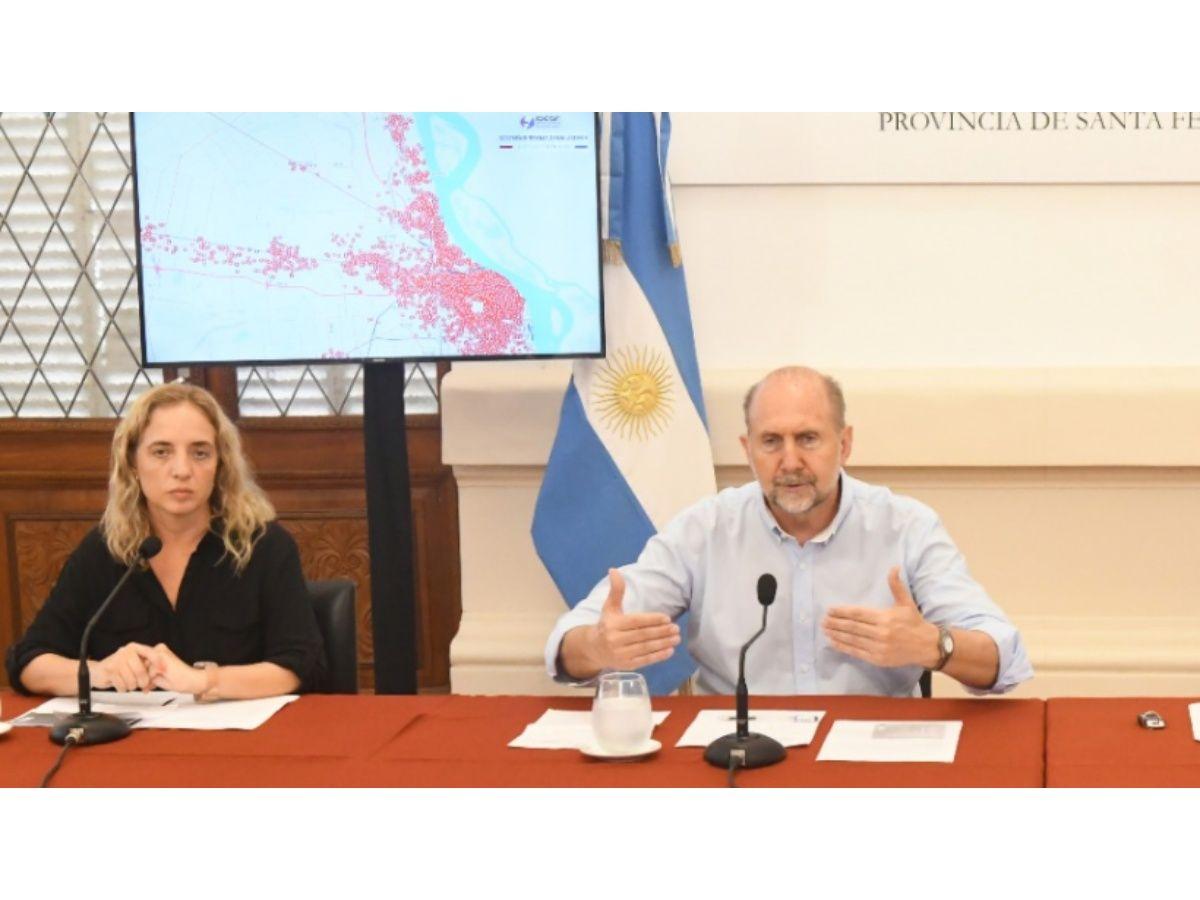 Perotti anunció el envío de fondos a municipios y comunas.