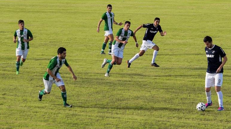 Una imagen del último clásico jugado en cancha de Belgrano.