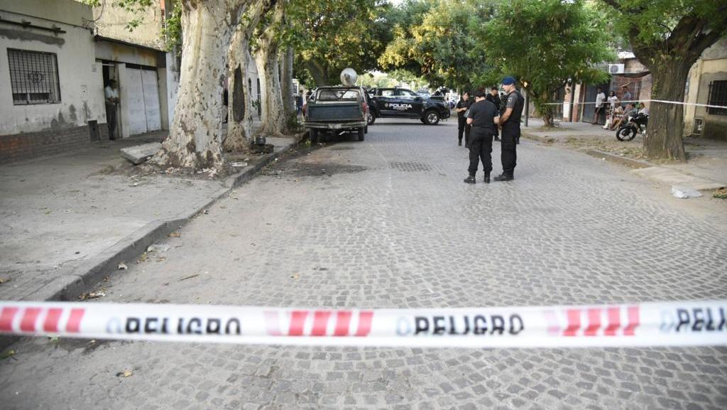 La víctima recibió al menos cinco disparos.