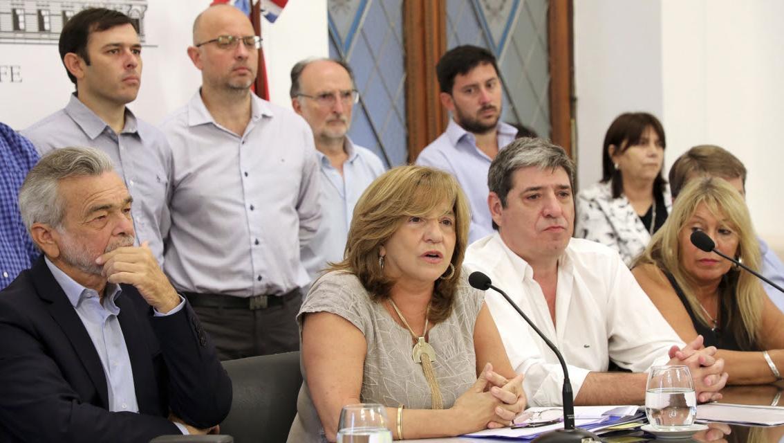 La ministra durante la conferencia de prensa en la que brindó el estado de situación.