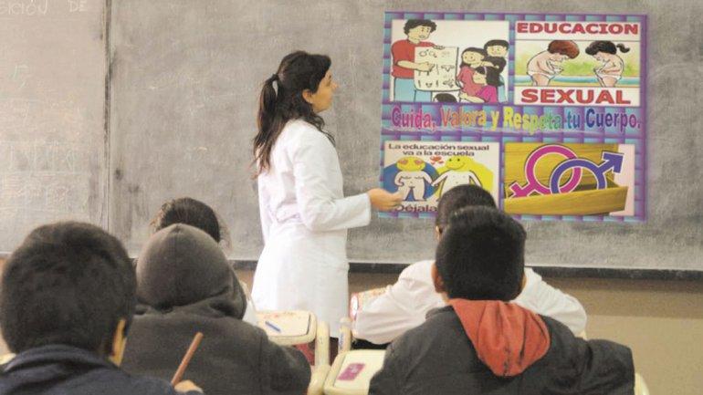 Santa Fe continuará con la ley de educación sexual