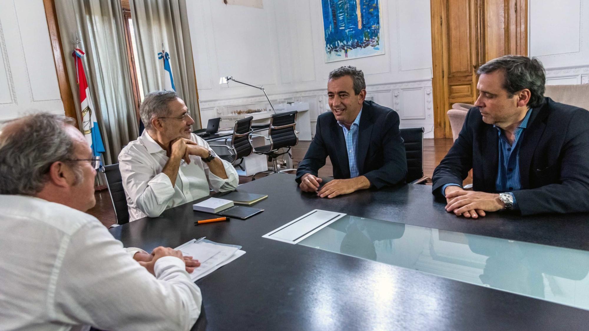 Javkin y Sain reunidos en Gobernación