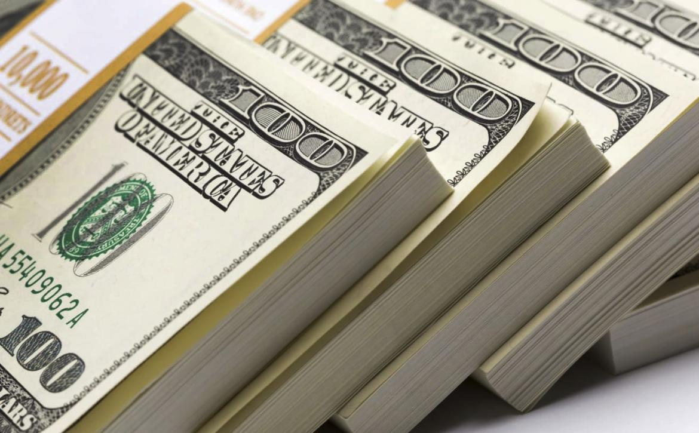 El dólar sigue volando