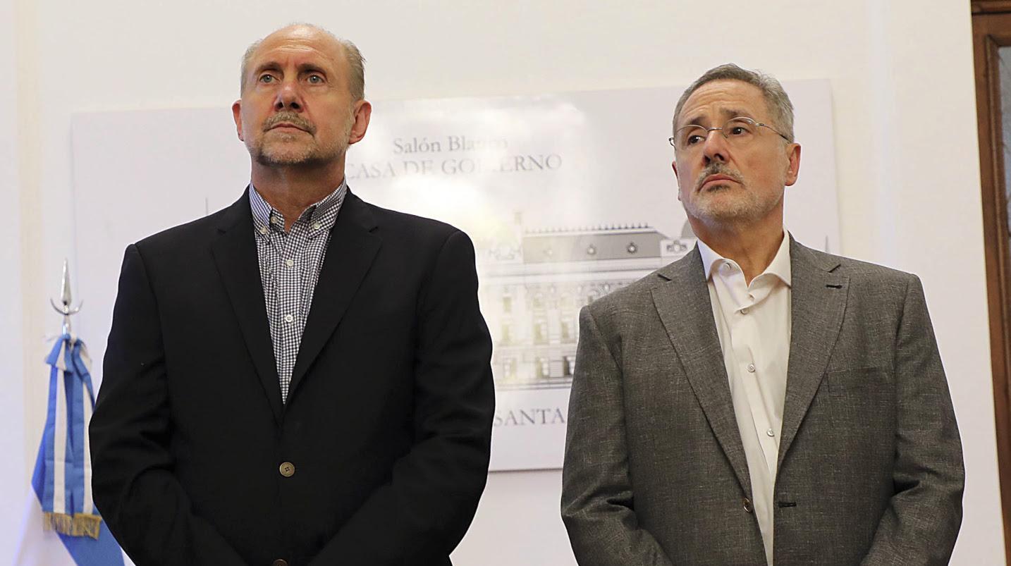 Perotti junto al ministro Saín.