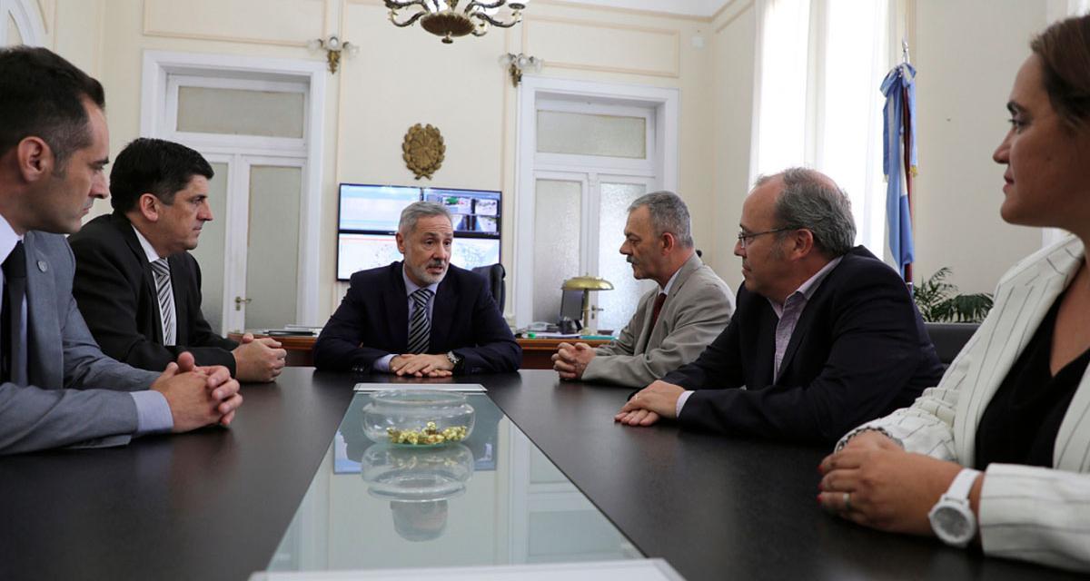 Primera reunión formal del ministerio de Seguridad y el jefe policial