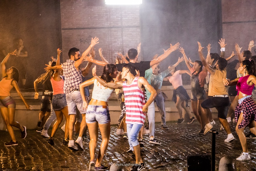 Escena de los jóvenes bailarines para el videoclip (LUIS FRONTINI).