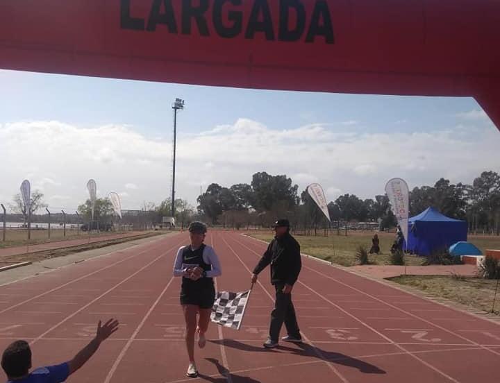 Siempre Celina: la atleta casildense triunfó fuera de la provincia.