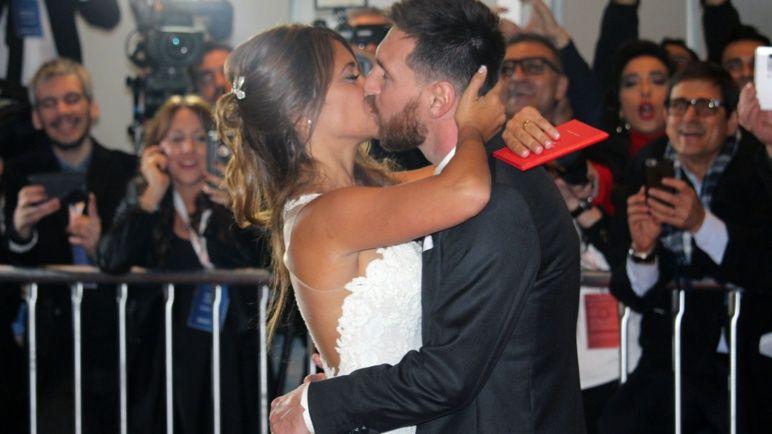 El casamiento de Lionel y Antonellaen una memorable fiesta.