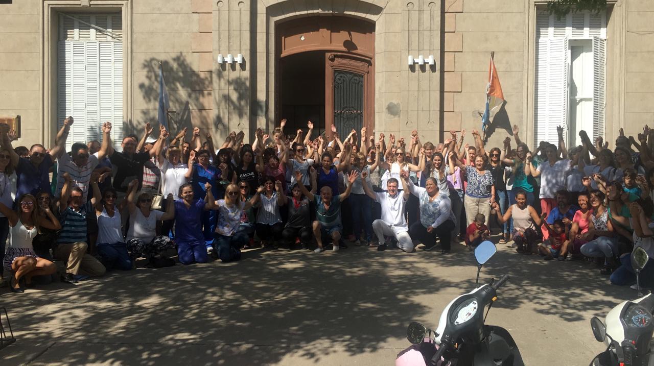 San Carlos: principio de acuerdo, abrazo solidario y algo de tranquilidad