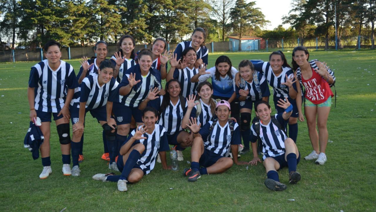 Las chicas de Aprendices campeonas absolutas del torneo