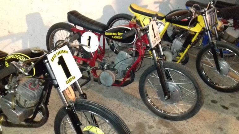 Algunas de las motos restauradas en la ciudad.