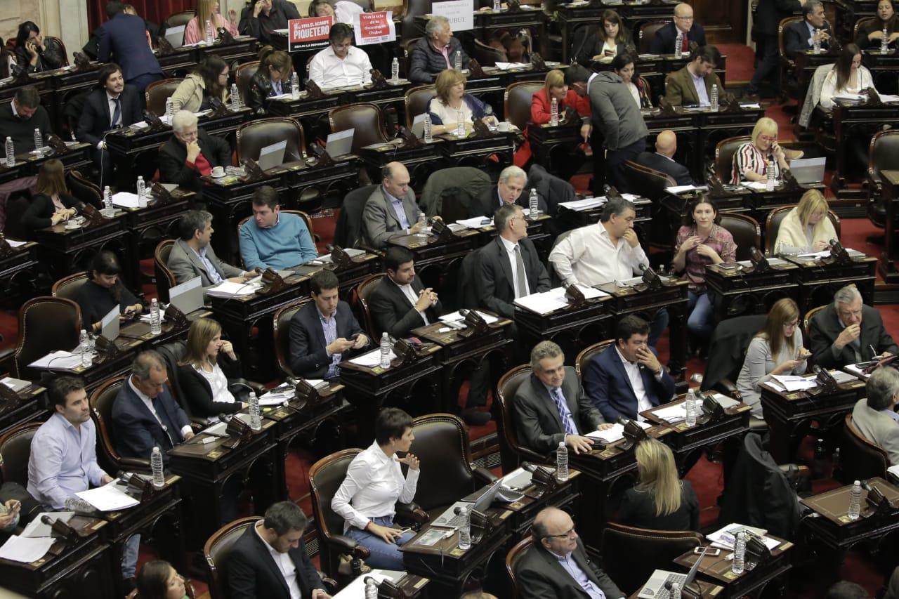 La oposición consensuó el proyecto que ya está en el Senado.