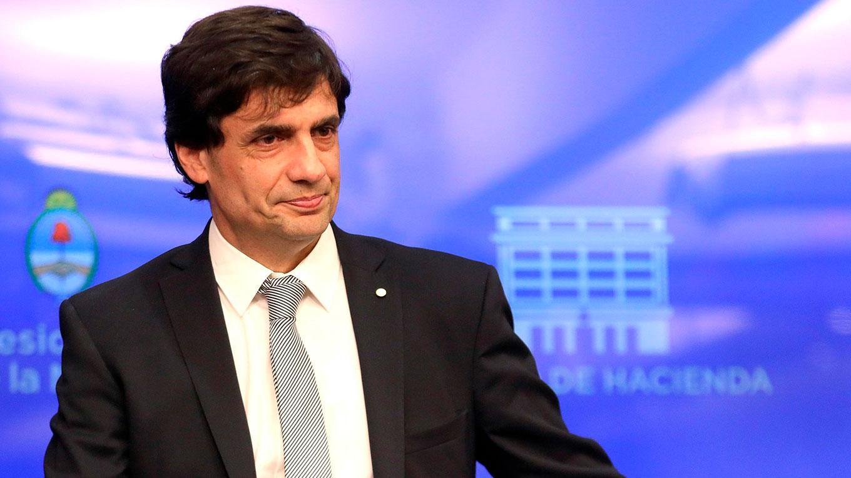 """El proyecto de Lacunza no contempla el """"reperfilamiento"""" de la deuda."""