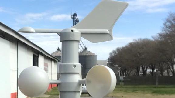 Estación Meteorológica en el cuartel de bomberos de Los Molinos.