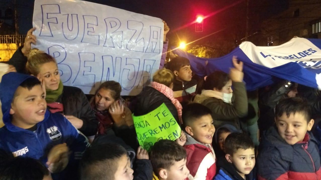 El caso de Benjamín movilizó a toda la comunidad del fútbol infantil.