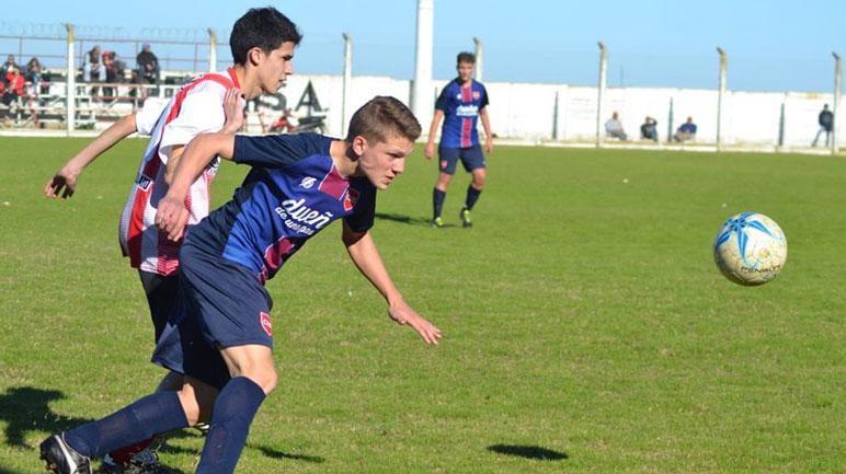 Pujato le ganó a Unión Deportiva en el bolillero y descansará.