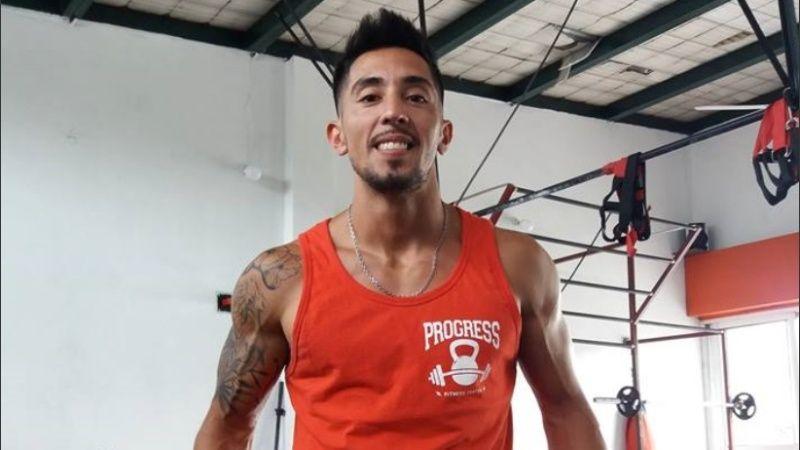 Marcos Guenchul en su gimnasio. Su crimen estremeció a barrio Azcuénaga.
