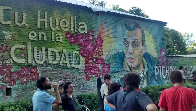 El mural que recuerda a Pichón en Parques y Paseos