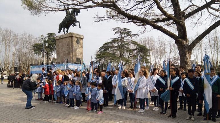 Las mejores imágenes del acto en Plaza San Martín.