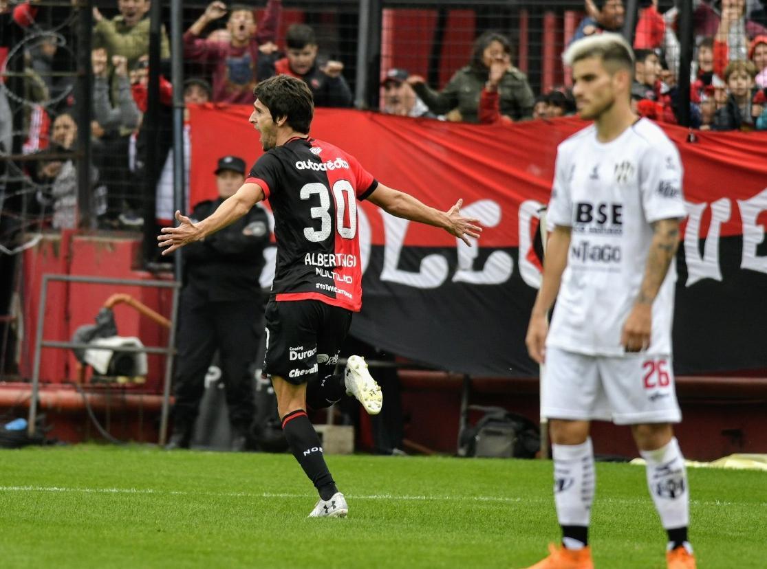 Albertengo debutó con un gol en el Coloso. (Foto: Rosario Plue)