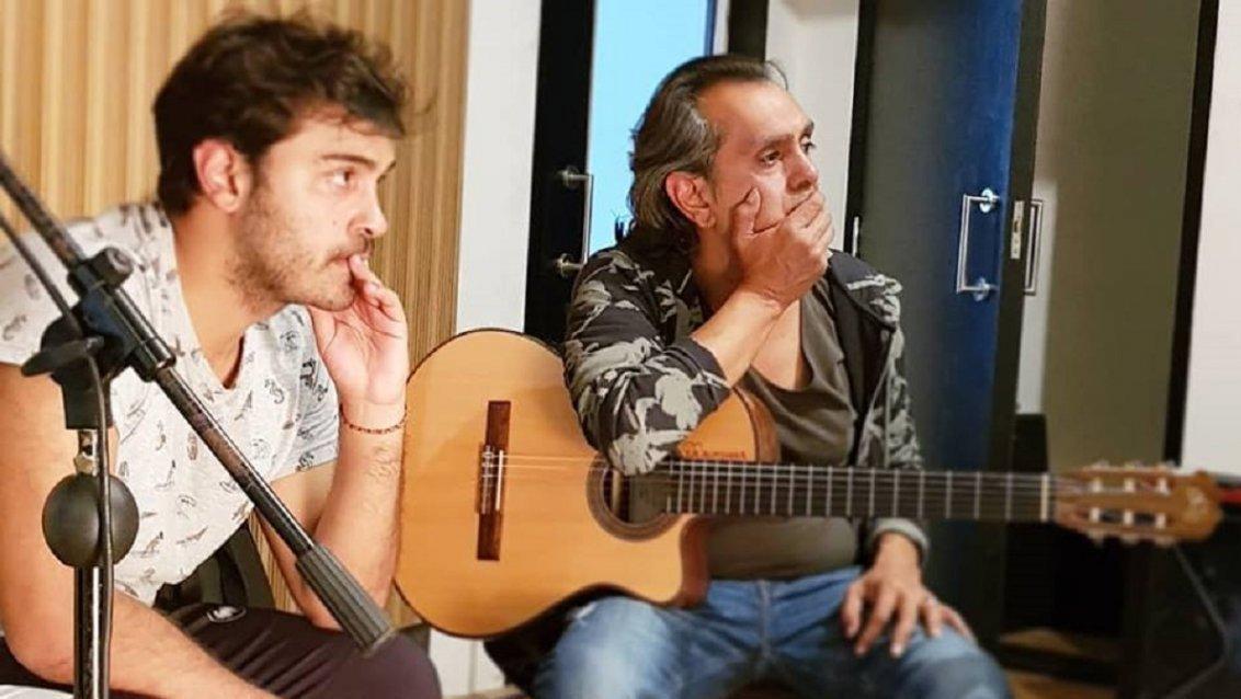 El acusado y su padre, miembro del grupo Los Nocheros.
