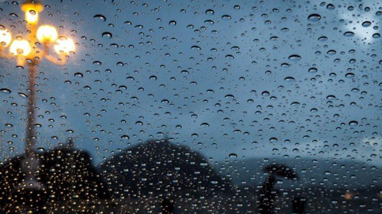 La lluvia será la protagonista de la semana, pero unos rayos de sol llegan para darle batalla.