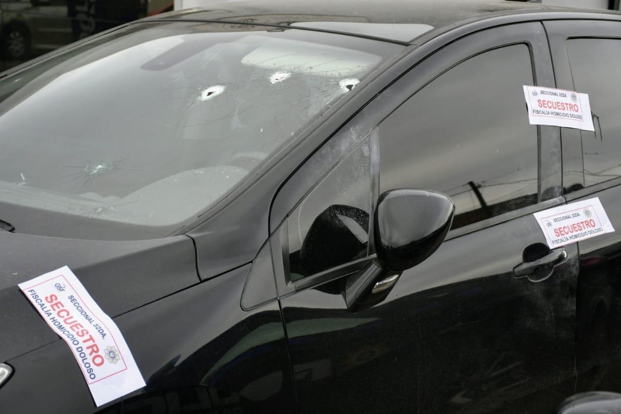 El auto en el que fue ultimado el agente policial.