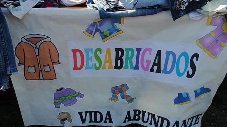En Nueva Roma, y ahora también en Granaderos. La bandera de DesAbrigados.