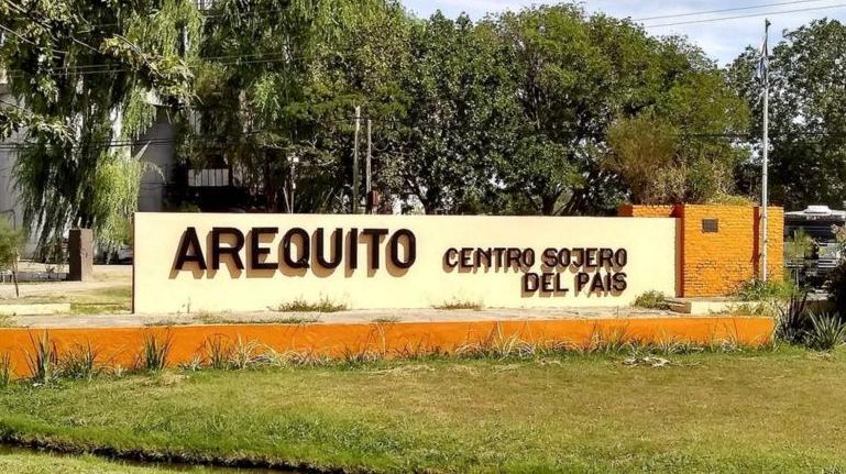 El insólito hecho ocurrió a 100 kilómetros de Rosario.