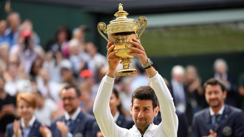 El serbio se alzó con Wimbledon y hoy es el mejor del mundo.
